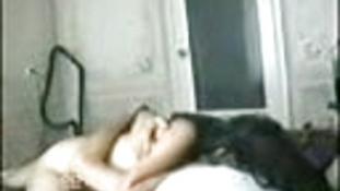 Türk kızı zeliha yatakta veriyor